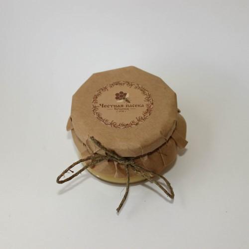 Мёд с орешками в стеклянной баночке, 0,1 л.